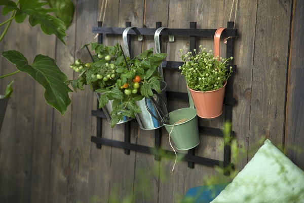 Avaliable30March_BalconyPlanter_SostreneGrene_OutdoorLiving_1
