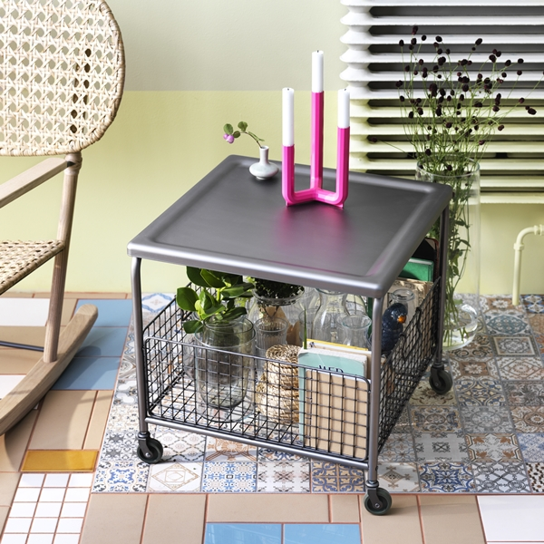 IKEA_LALLEROD_Soffbord_stal_PH141552