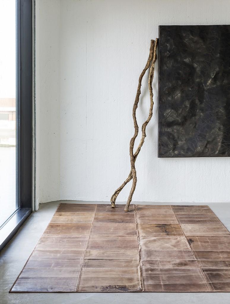 Leather-Rug-Light-Brown-775x10241