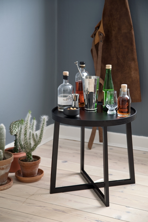 bywirth-traytable-black-bar_2