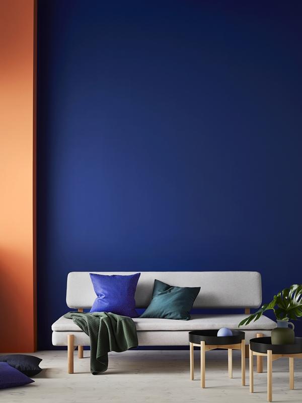IKEA_YPPERLIG_baddsoffa_soffbord_kuddfodral_plad_PH146014