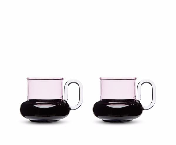 bump_tea_cups