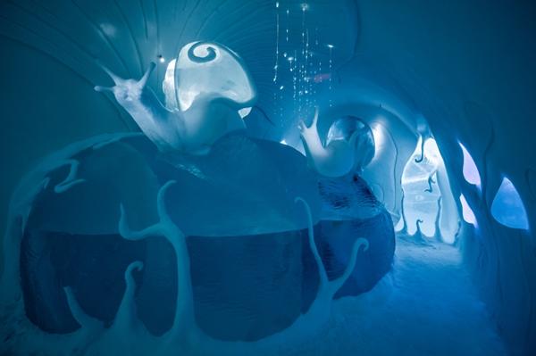 Art suite -Ground Rules Carl Wellander & Ulrika Tallving  ICEHOTEL 28  Photo by - Asaf Kliger