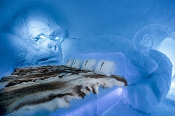 Art suite - King Kong Lkhagvadorj Dorjsuren  ICEHOTEL 28  Photo by - Asaf Kliger