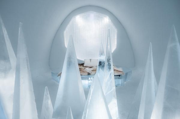 Art suite -White Desert Timsam Harding & Fabián Jacquet Casado ICEHOTEL 28  Photo by - Asaf Kliger