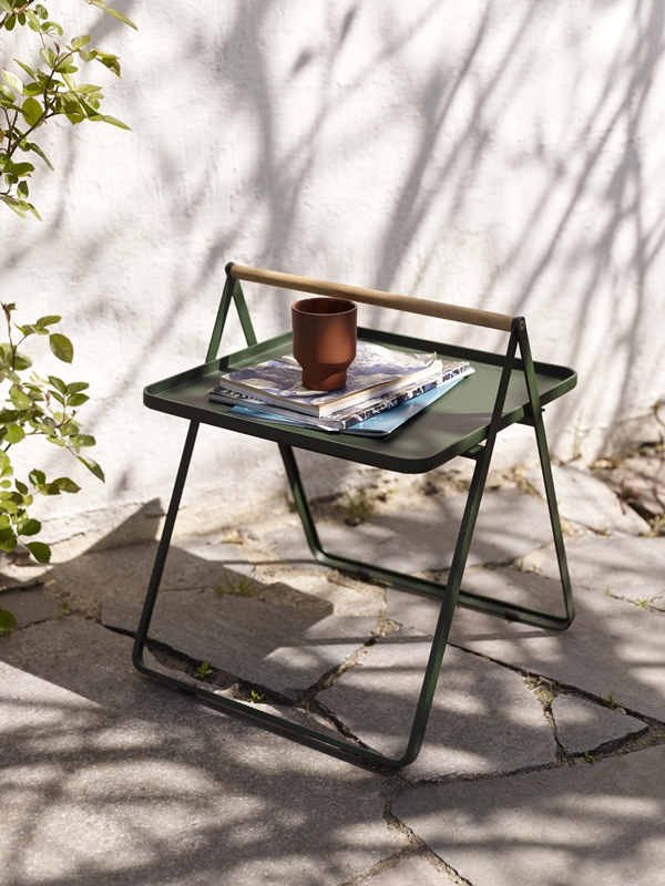 1507001 By Your Side Tray Table, Hunter Green 02