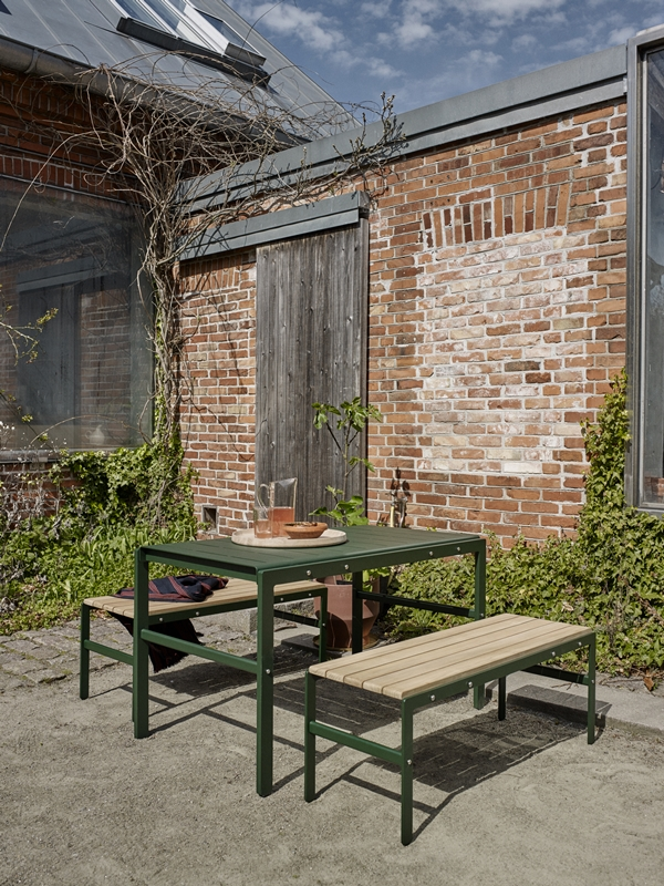 1560026 1560040 Reform Bench Teak, Table, Hunter Green