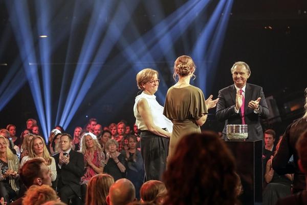 2017 trophy recipient Lena Claesson-Welsh onstage