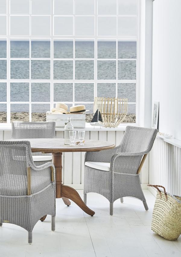 8196LG Marie armchair_Michel table