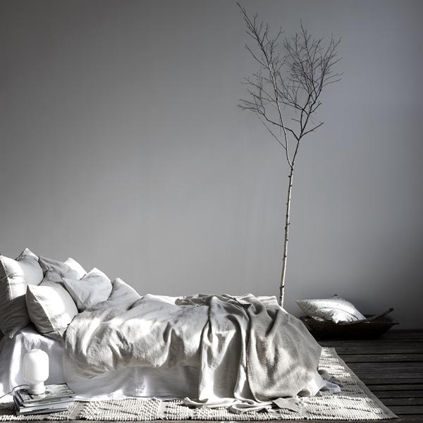 Bed linen light grey 2