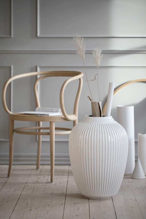 Hammerhøi Floor vase SS18_6