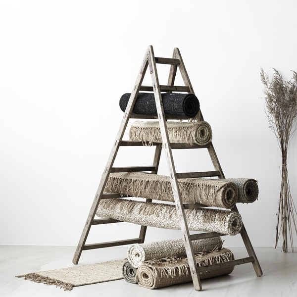 Hemp rugs ladder