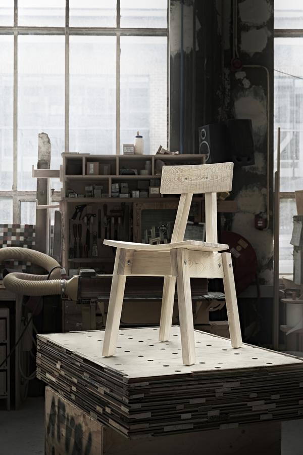 IKEA_INDUSTRIELL_stol_furu_PH150039