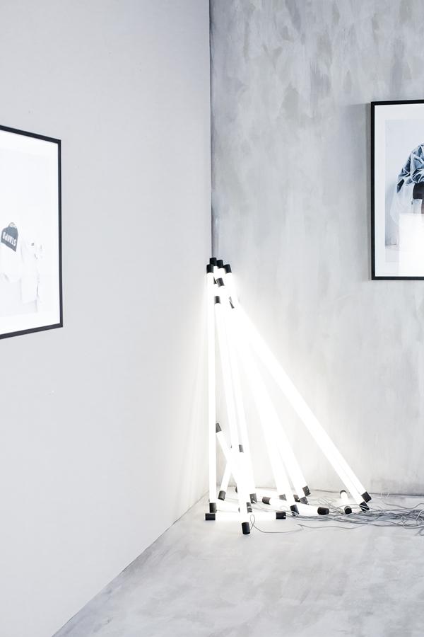 IKEA_SPANST_kollektion_LED_lysror_H134cm_PH149814