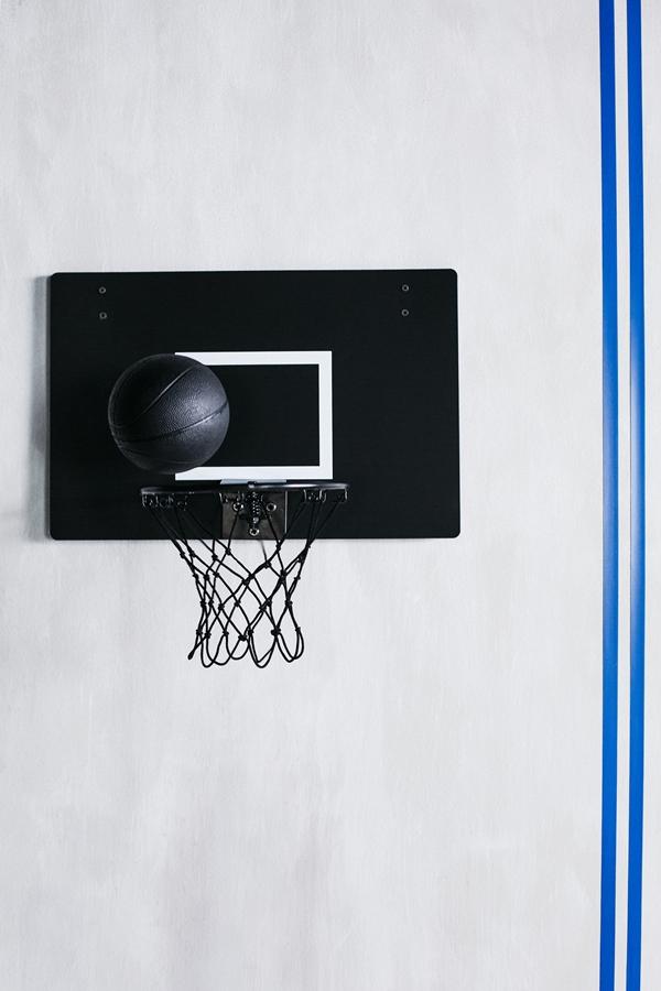 IKEA_SPANST_kollektion_basketkorg_och_bolll_PH149820