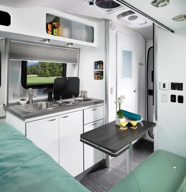 Airstream-Nest-Trailer-5a-810x835