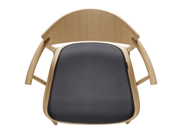 10106_N70 - seat cushion_ black leather