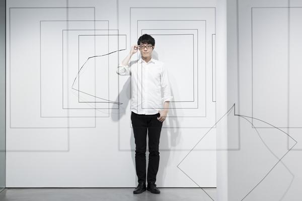 9331_Portrait - nendo_ Oki Sato
