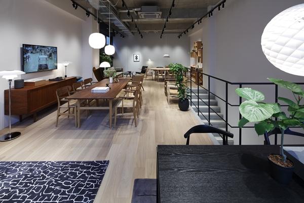 Carl-Hansen-Son_Osaka-Flagship-Store_12