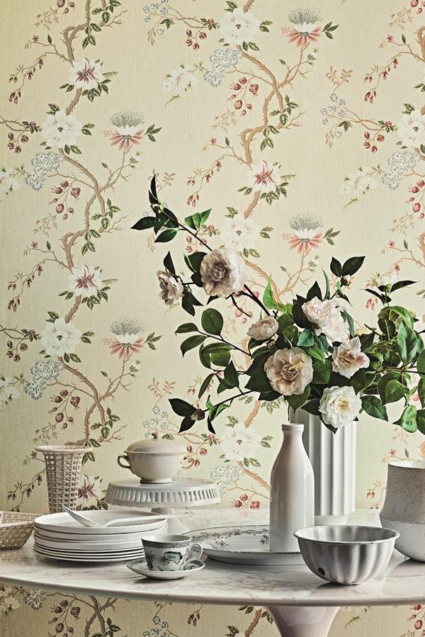 C&S_Botanical _Botanica__Camellia _Camellia japonica_ 115-8024_Crop