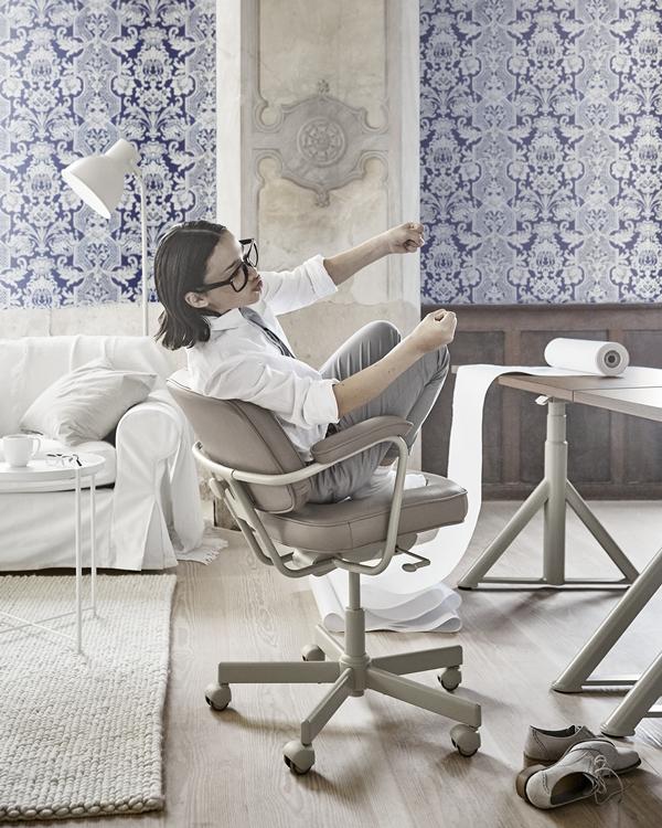 IKEA_oktobernyheter_2018_ALEFJALL_arbetsstol_beige_PH154634