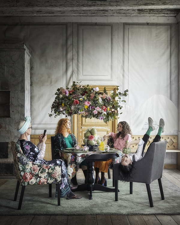 IKEA_oktobernyheter_2018_SAKARIAS_stol_med_armstod_PH154509