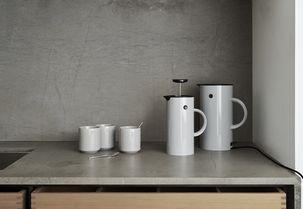 LS_890-2_EM77_electric_kettle_819_French_press_829_pres_tea_maker_1140_Core_thermo_cup_landscape