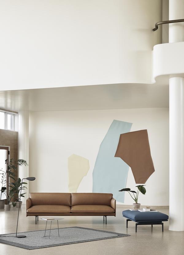 Outline-silk-3-seater-pouf-pebble-airy-half-leaf-floor-muuto-org
