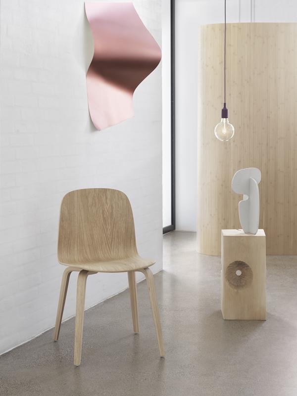 Visu-wood-base-e27-burgundy-muuto-org