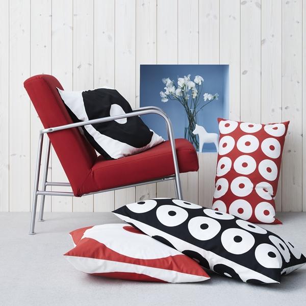 IKEA_75_90-00-tal_IKEA_PS_fatolj_rod_SIPPRUTA_kuddfodral_PH153816