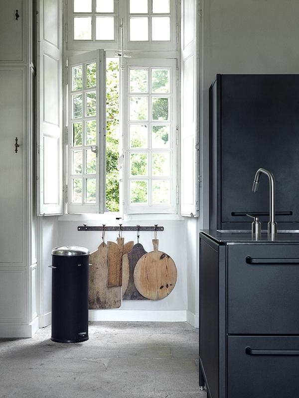 Kitchen06_vipp_nantes_redcopy
